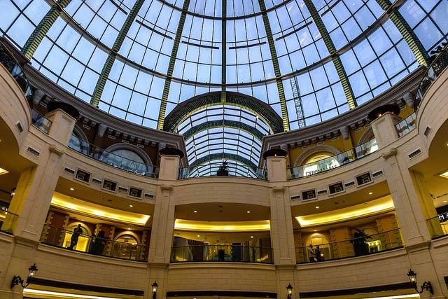 Shopping in Dubai Marina Mall