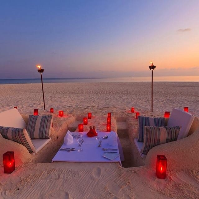 beach picnic in dubai during new year eve